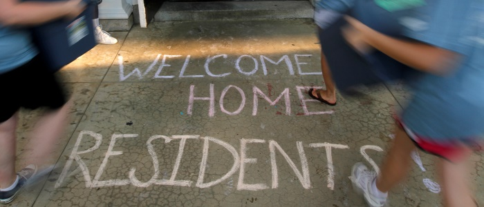 Move in day for freshman at UMW. 8/24/2011. (Photo by Norm Shafer).
